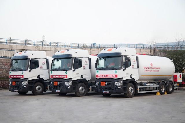 OMSAN, Renault Trucks'tan 65 adet çekici ve kamyon aldı.