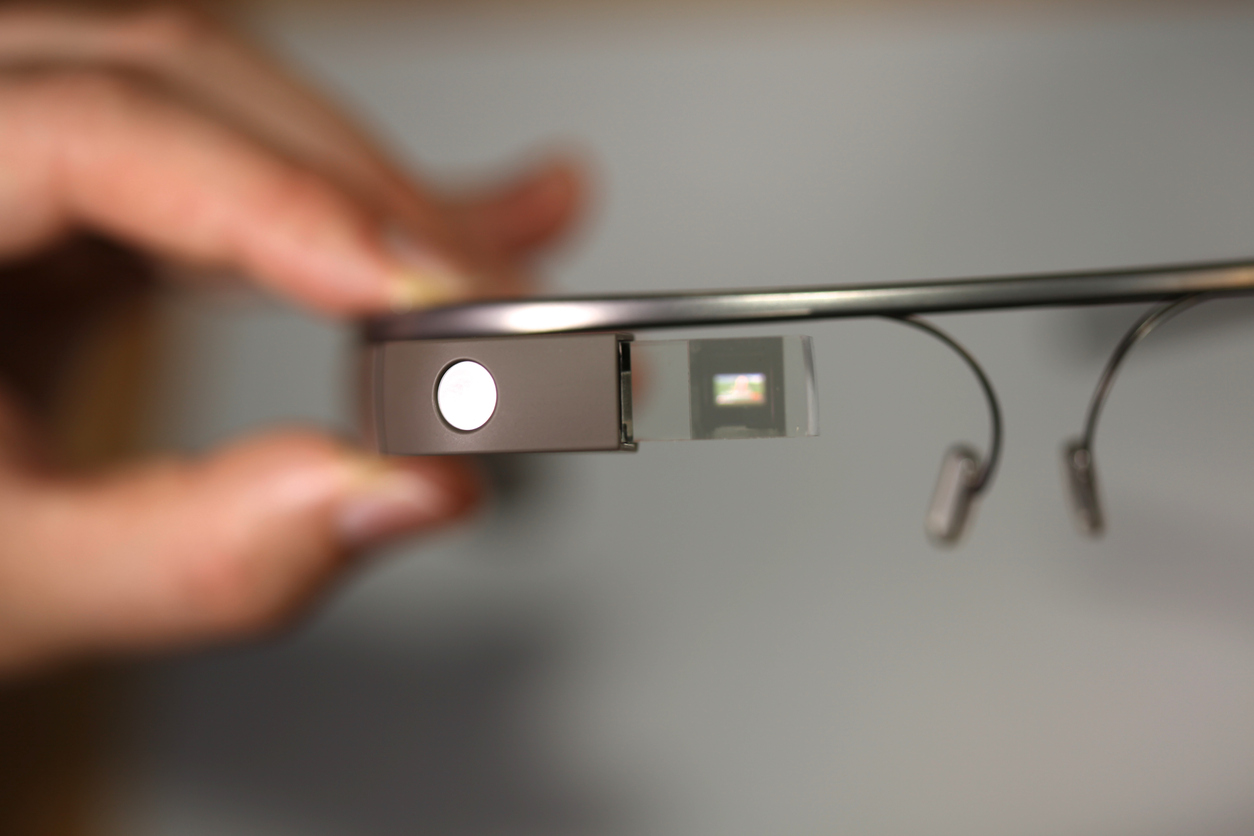'Smart Glasses' May Help Improve Social Behavior in Children With ASD