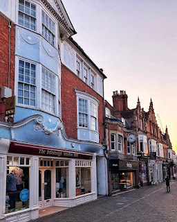 Discovering Places to visit in England