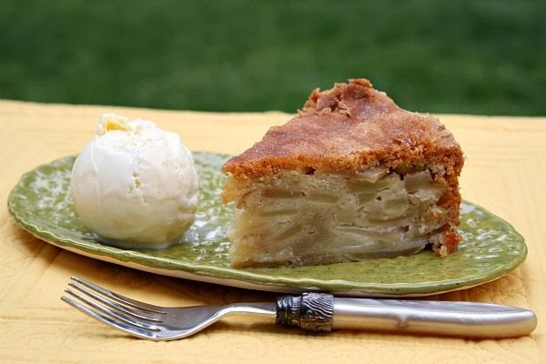 Apple Cinnamon White Cake Recipe