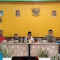 Kapolsek Tembilahan Hulu Bersama YVB dan Kadin Serta Kepala PLN Sambangi Desa Sungai Intan