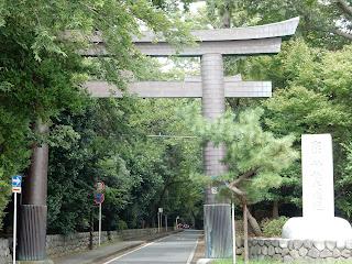 寒川神社一の鳥居