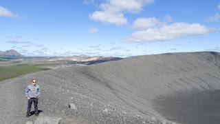 Iceland volcano 140meter high