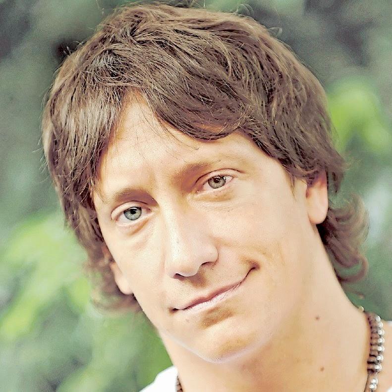 Nicolás Vázquez.