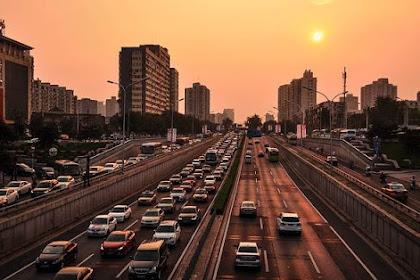 [BERANI KAH?]  Jakarta Perlu Meniru Beijing Membatasi Mobil - Lotere Plat Nomor