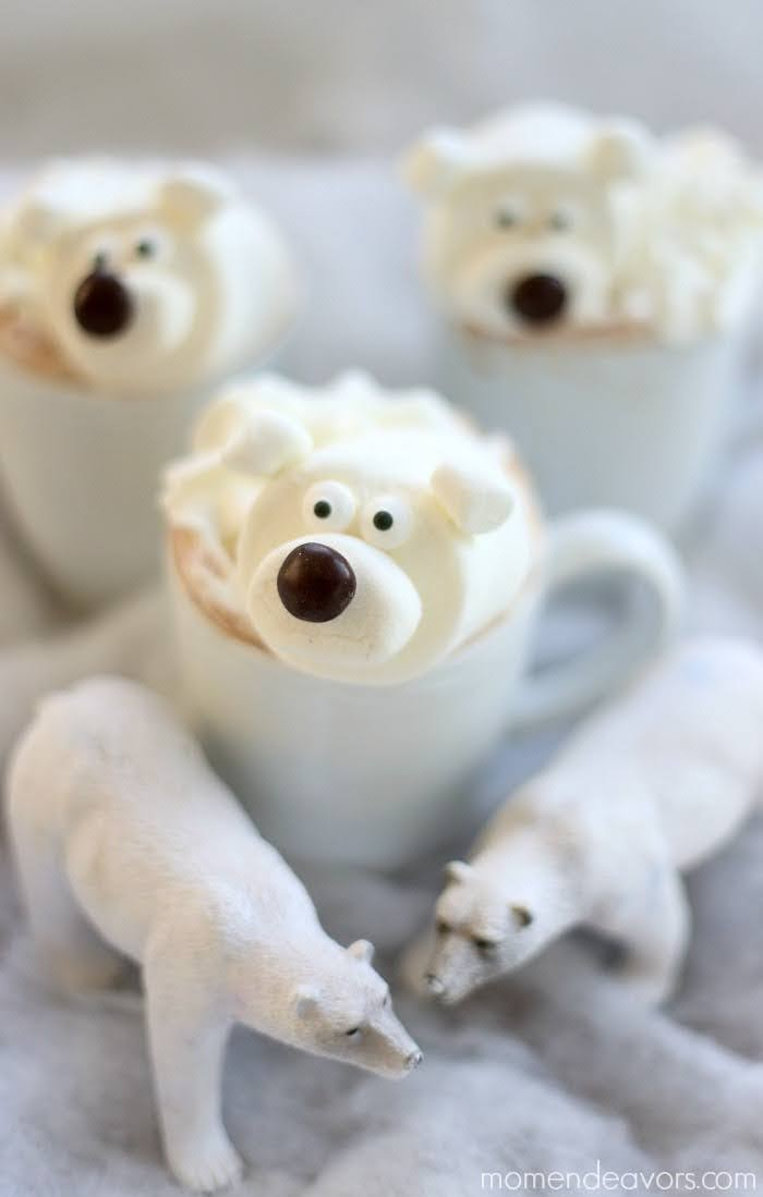 Polar Bear Hot Chocolate | Photo Courtesy of Mom Endeavors