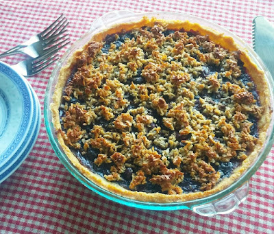 Quinoa & Potato Starch Pie Crust with Blueberry Filling