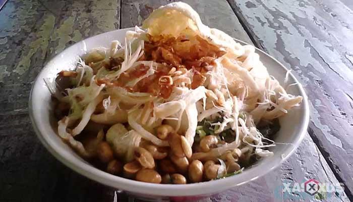 Cara membuat bubur ayam Jakarta
