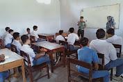 Jelang Hari Sumpah Pemuda, Danramil Sragen Beri Pengetahuan Kepada Siswa SMK Mutiara