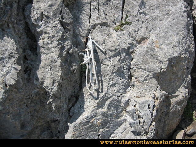 Ruta Tuiza - Portillín - Fontanes: Cordino en el Portillín Oriental