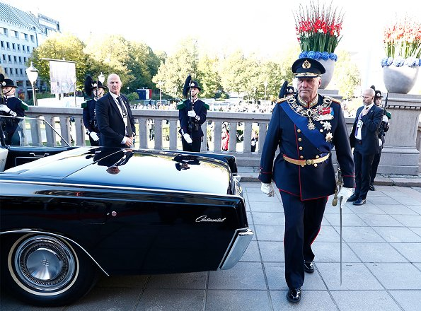 King Harald, Queen Sonja and Crown Prince Haakon attended the opening of 162. Norwegian Parliament in Oslo