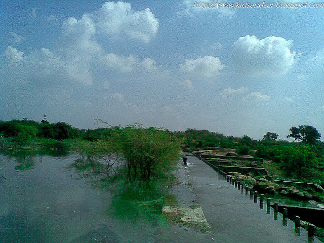 the water flowing in pocharam dam