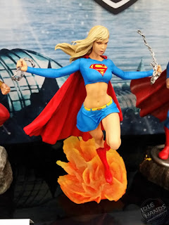 Diamond Select DC Comics Gallery PVC Statues Supergirl