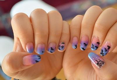 diseño de uñas estilo atardecer colores pastel
