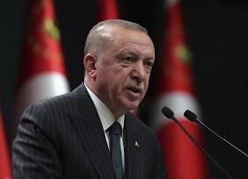 Erdogan: Macron Anda tak Bisa Kuliahi Soal Kemanusiaan!