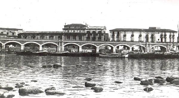 Archi della marina Catania