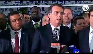 Em Brasília em coletiva Bolsonaro anuncia mudanças na emissão da CNH