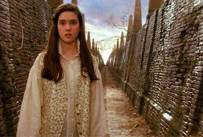 film labyrinth pubertas remaja