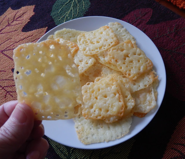 http://theworldaccordingtoeggface.blogspot.com/2016/03/healthy-crunchy-snacks.html