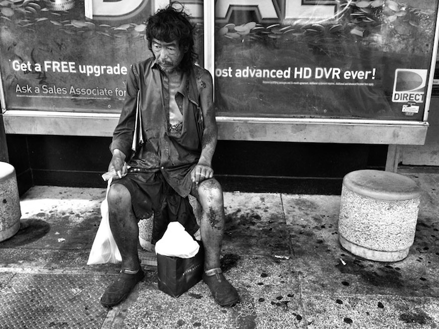 """He suffered from severe schizophrenia, and left untreated, he was not always responsive"" -  After 10 Years Of Photographing Homeless People, Photographer Discovers Her Own Father Among Them"