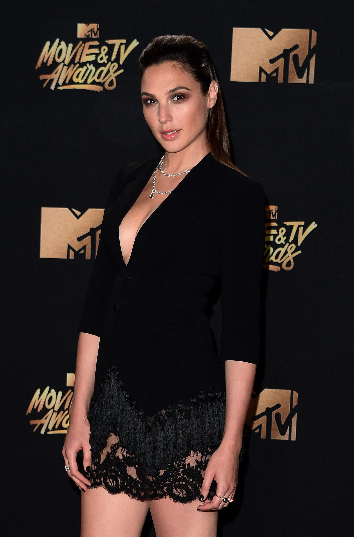 Gal Gadot at MTV Movie & TV Awards : MTV・ムービー & TV・アワーズの ...