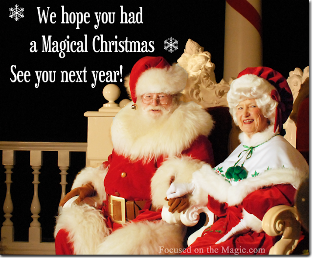 Epcot, American Adventure, Santa & Mrs Claus, Focused on the Magic