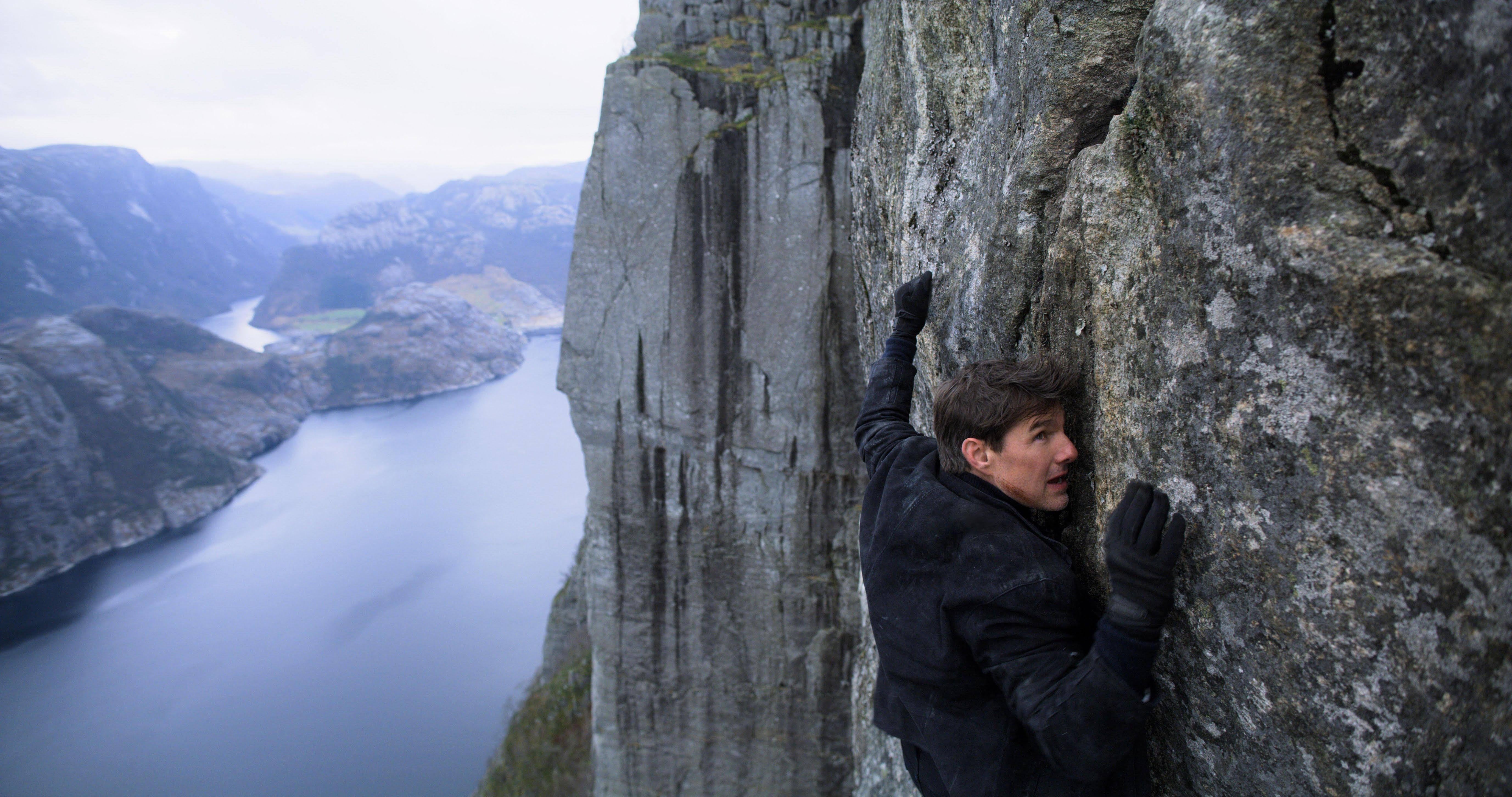 Mission Impossible : トム・クルーズ主演の人気スパイ・アクション映画シリーズの第6弾「ミッション : インポッシブル - フォールアウト」が、スーパーボウル・スポットと一緒に予告編を初公開 ! !