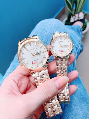 Đồng hồ cặp đôi màu vàng món quà kỷ niệm ngày cưới ý nghĩa