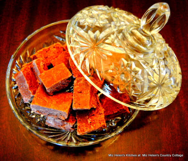 Spicy Marshmallow Fudge at Miz Helen's Country Cottage