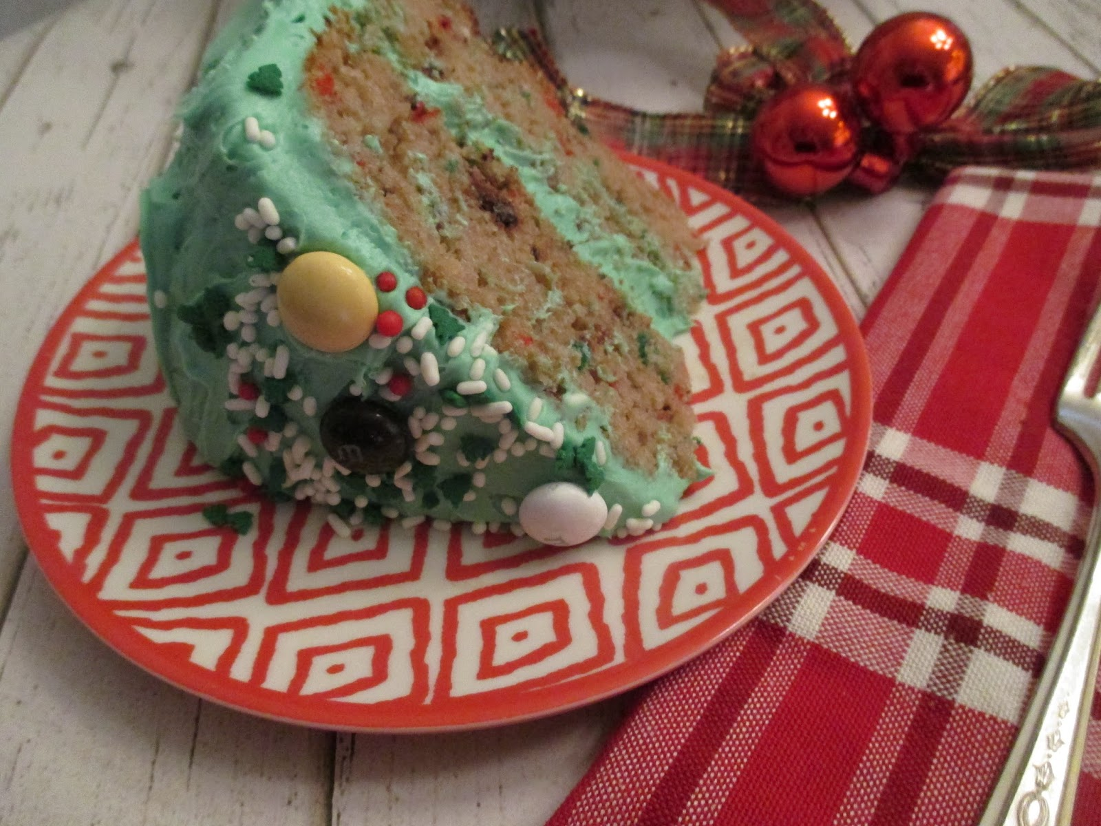 M Amp M S 174 Hot Chocolate Christmas Cake Recipe Frugal Family