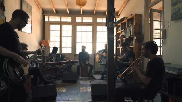 Los Ciervos plasman la oscuridad en clave acústica en la Sesión Elena Blanco