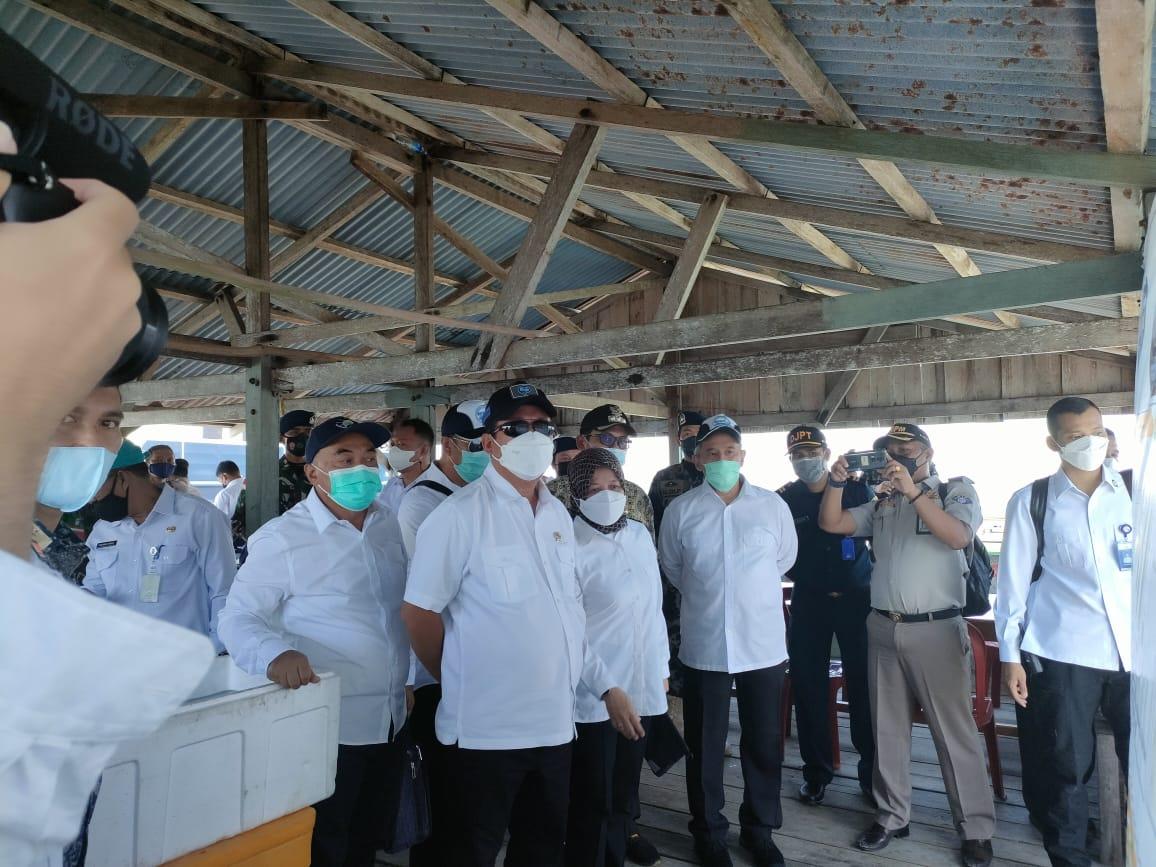 Menteri KKP Nilai Kepulauan Natuna Sangat Potensial Dijadikan KEK Kelautan Menteri KKP Nilai Kepulauan Natuna Sangat Potensial Dijadikan KEK Kelautan