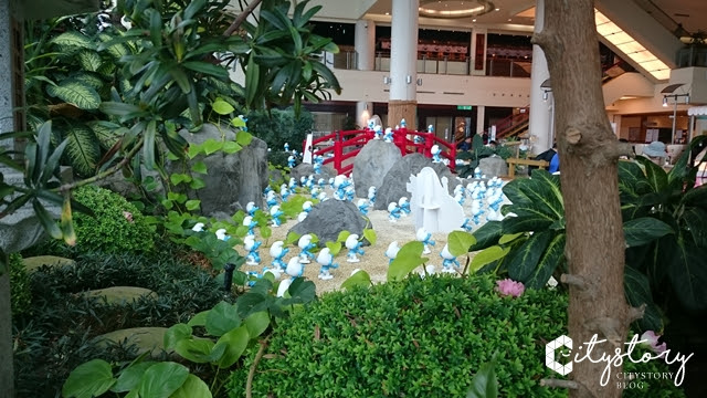 【台北忠孝復興捷運站】藍色小精靈SOGO特展-藍色小精靈3:失落的藍藍村-日式庭園500隻小精靈來襲