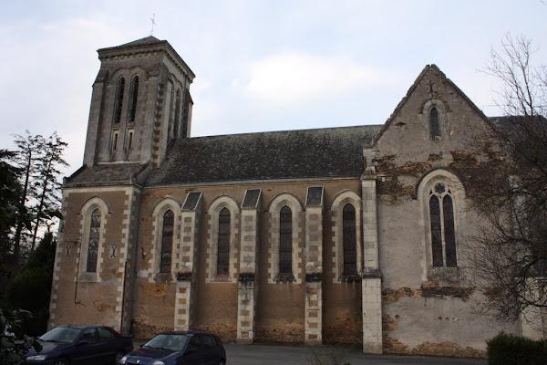 Maine-et-Loire : une église menacée de destruction, Stéphane Bern s'insurge