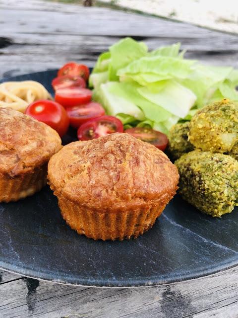 Muffin salé à la tomate et au chorizo