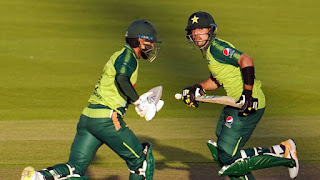 Mohammad Hafeez 86* - England vs Pakistan 3rd T20I 2020 Highlights