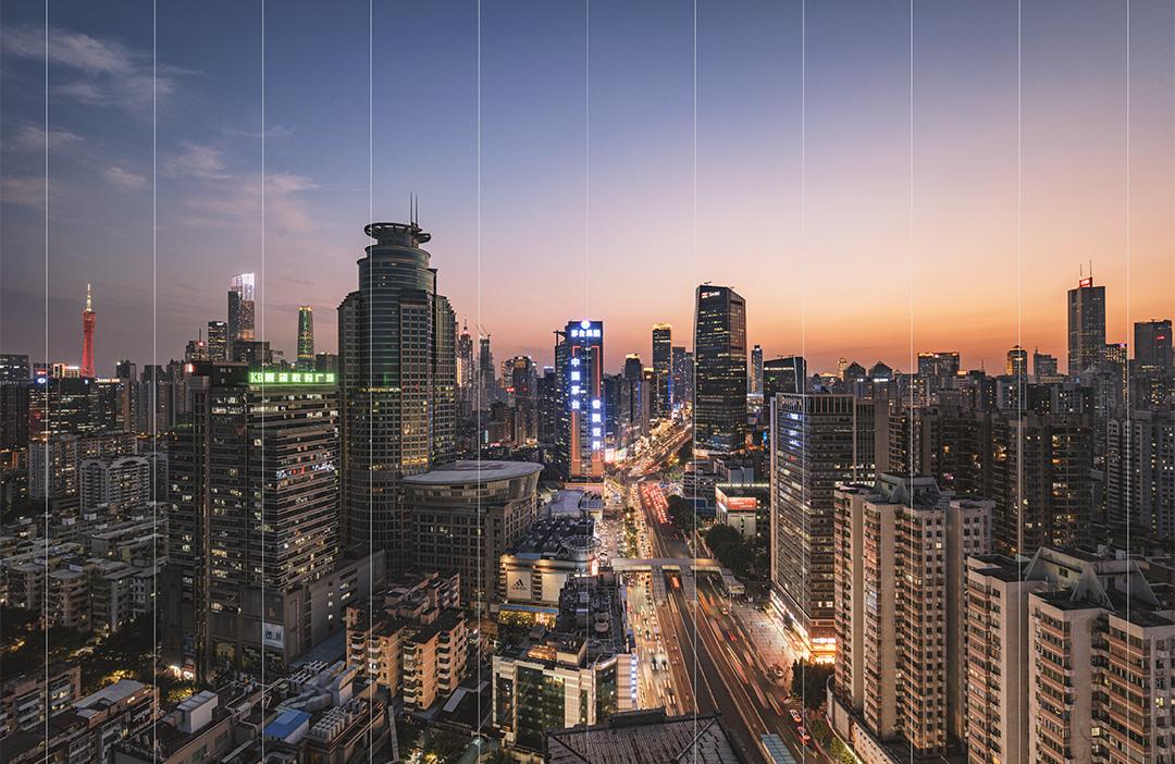 Пейзаж ночного города с нулевой дисторсией, снятый с помощью объектива Laowa FF 14mm f/4 Zero-D
