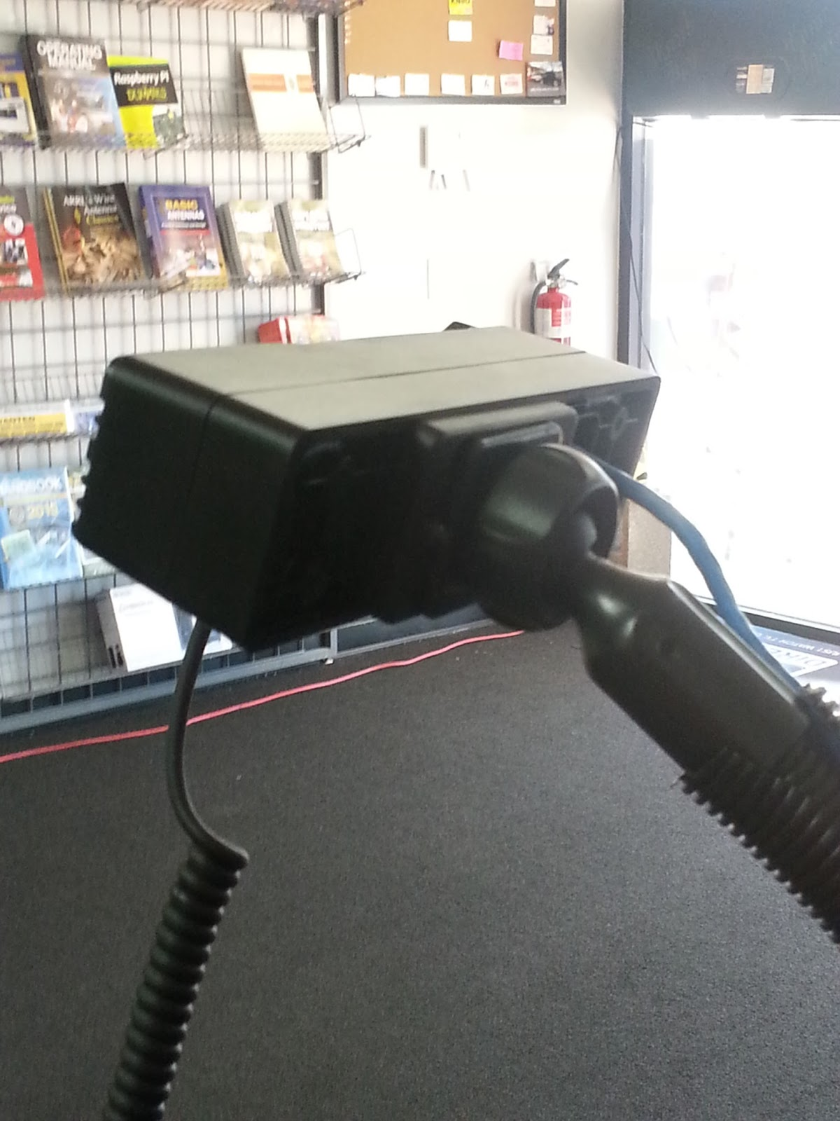 CS800 (UHF) and CS801 (VHF) DMR mobile radios: Connect