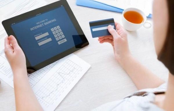 Hal ini terlihat  pada kompetisi dalam penawaran spesial produk digital di perbankan yang kian ket ioannablogs.com 5 Bank Digital Terbaik di Indonesia