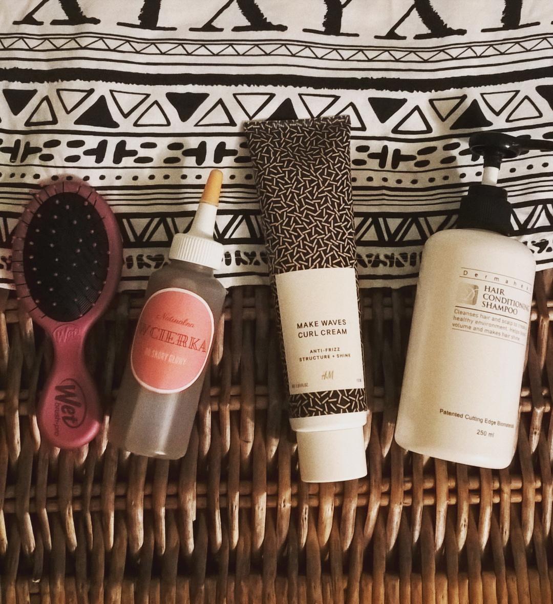 Sposoby na elektryzowanie włosów kosmetyki krem do włosów kręconych h&m, szampon dermaheal opinie