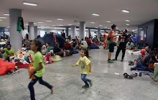 هل تعامل الاتحاد الأوروبي بجدية مع أزمة اللاجئين؟