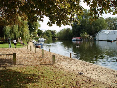 The river Yare at Thorpe St Andrew. Photo © Helen Steed