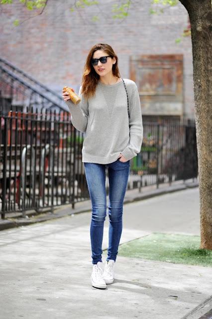 cách phối đồ với áo thun và quần jean