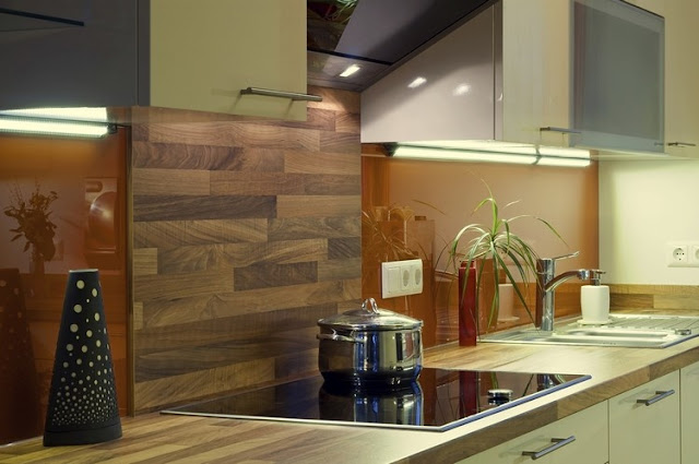 wooden kitchen backsplash with wood panels