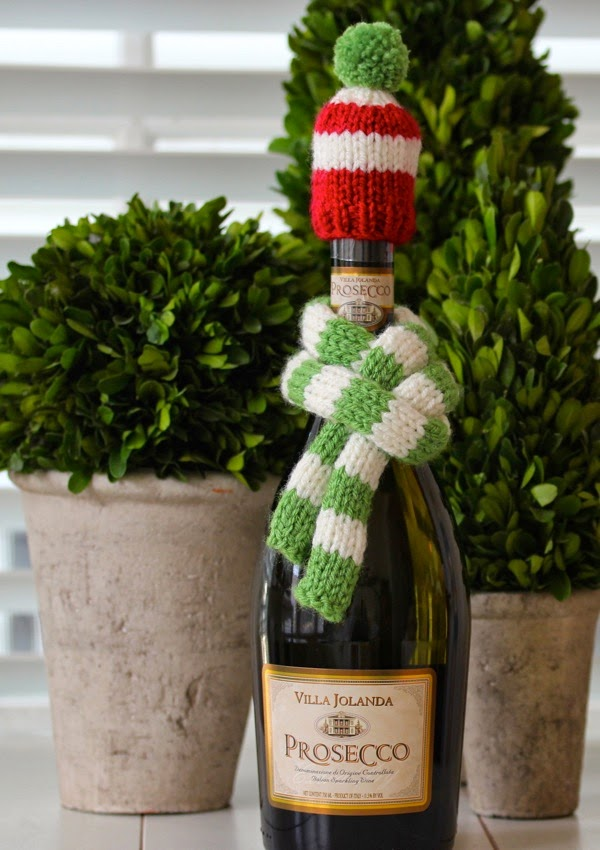 a cup of mascarpone  fashionable wine garb - a knitted hat   scarf 548d7c582f4