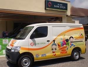 Lowongan Kerja Terbaru April 2020 Bumn Cpns 2020 Pd Bpr Bank Jogja Recruitment Staff Teller Cs Head Bank Jogja March 2014