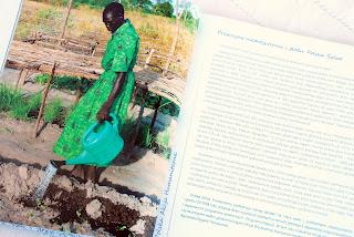 Wnętrze książki, fragment dotyczący przyczyn głodu
