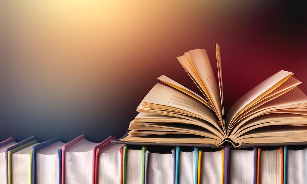 أفضل 10 مواقع تقدم الكتب الإلكترونية المجانية