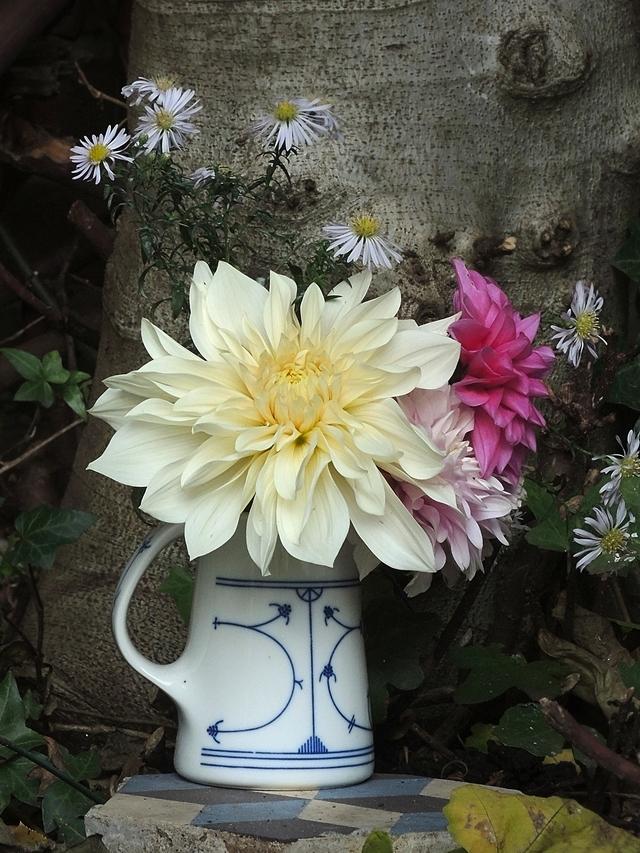Terugblik: boeketjes uit mijn tuin: nog meer dahlia's