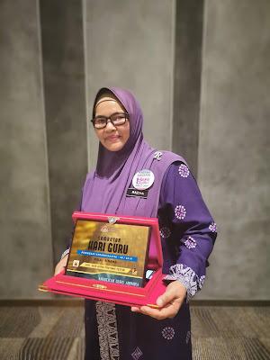 Guru Adiwira Terengganu   Cikgu Raztia binti Abdul Razak  SK Kerteh, Kemaman, Terengganu